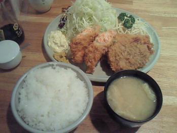 江戸一・ミックスフライ定食