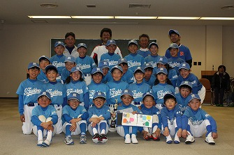 20110321室内練習+たくみ送別会 (99)