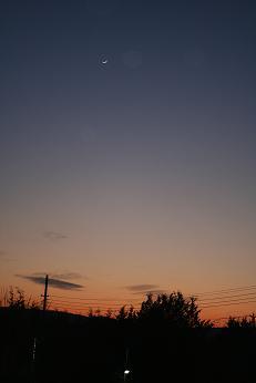 5時15分頃の空と月