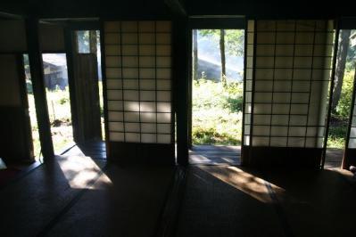 大平宿大蔵屋障子と廊下