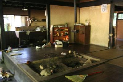 大平宿囲炉裏と台所