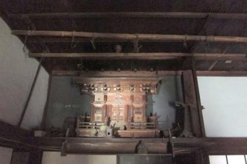 古民家の神棚