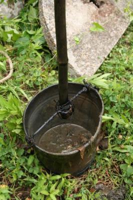 水くみバケツ