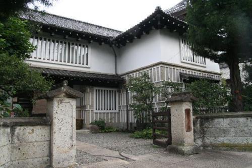 日本民藝館本館