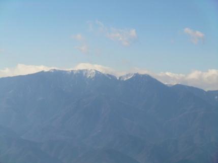 鳳凰三山の後ろには北岳が