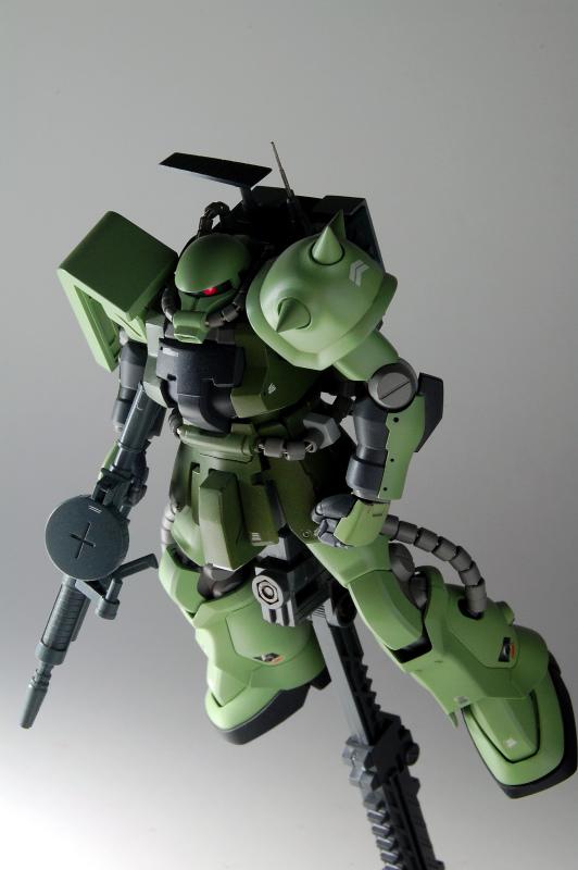 F2ZAKU_05.jpg