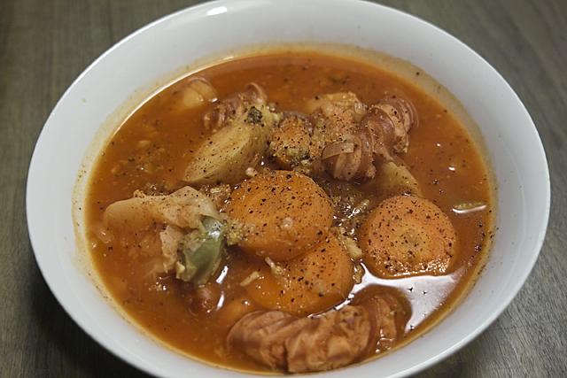 100113_001_トマト鍋
