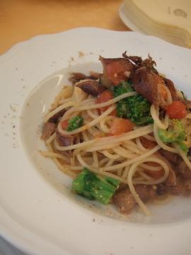 ホタルイカと菜の花のスパゲッティ