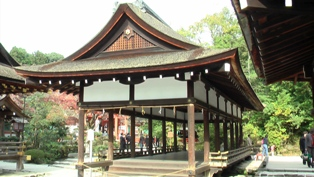 上賀茂神社 舞殿