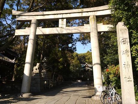 13岡崎神社01