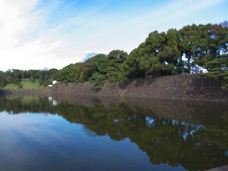 07東京08皇居堀