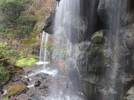 16熱海11梅見の滝