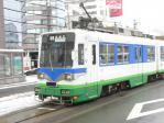 福井駅前駅に進入してくる880形885