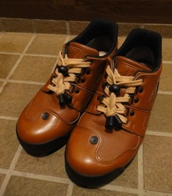 shoes201102c.jpg