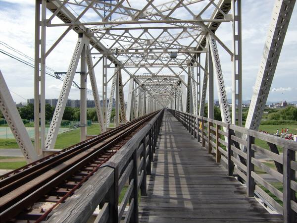 赤川橋梁城東貨物1