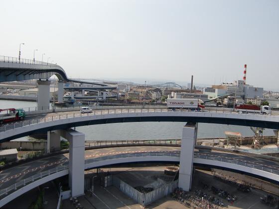 IKEAの行き帰りに橋の上から01