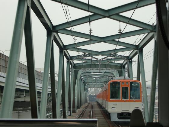 阪神電車走行中04