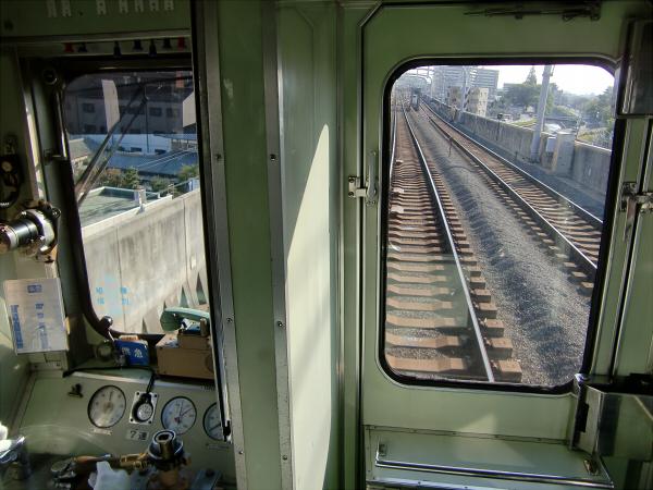 京阪電車走行中01