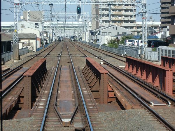 京阪電車走行中02