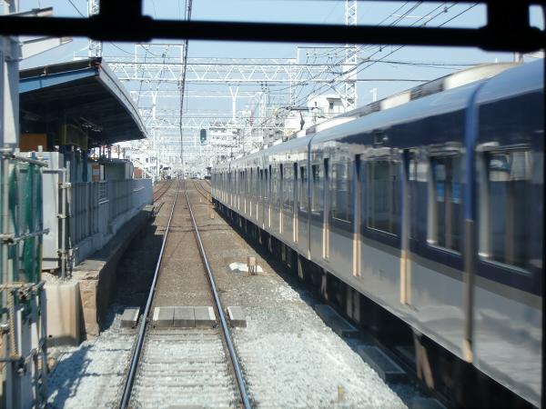 京阪電車走行中03