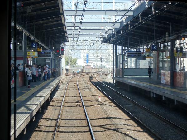 京阪電車走行中05
