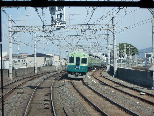 京阪電車走行中09