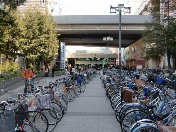 京橋近辺のスポットの写真2