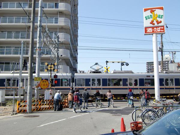 京橋近辺のスポットの写真5