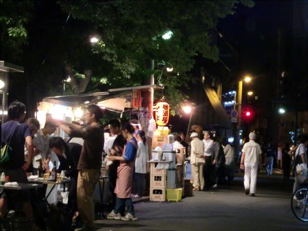 京橋近辺のスポットの写真7
