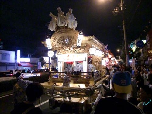 大阪市城東区の祭りの神輿01
