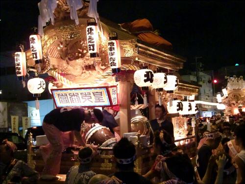 大阪市城東区の祭りの神輿04