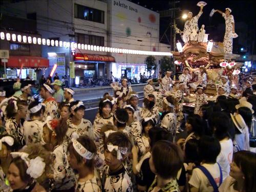 大阪市城東区の祭りの神輿08