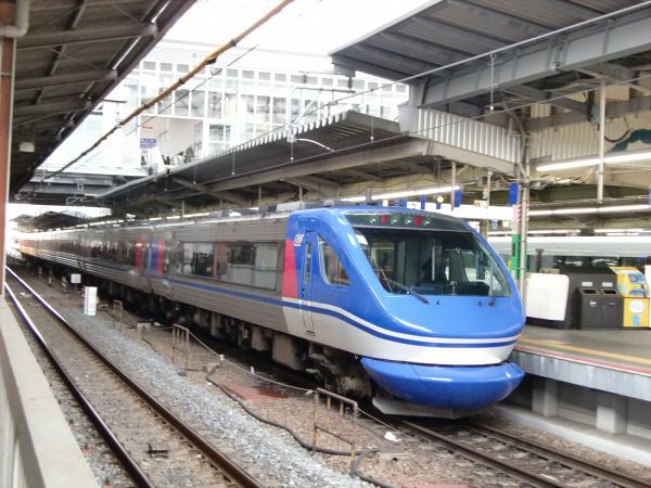 NEW大阪駅9