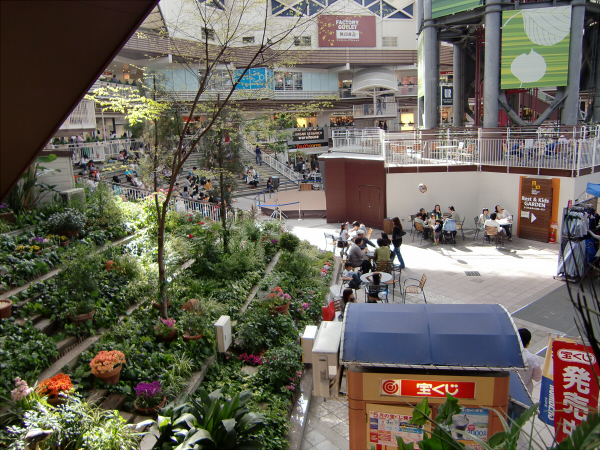 大阪鶴見の三井アウトレットパーク4