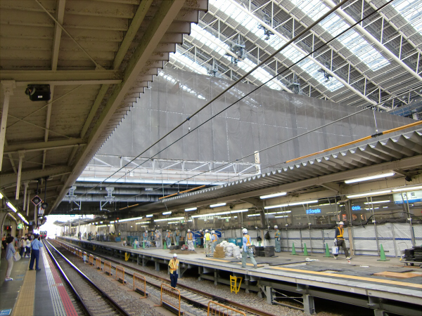 梅田(JR大阪)駅近辺リニューアル1