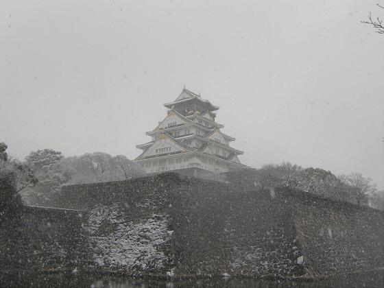 雪化粧の大阪城05
