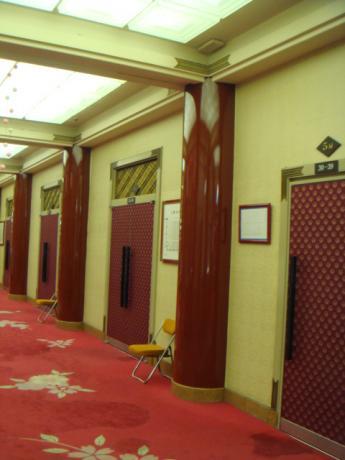1階劇場前