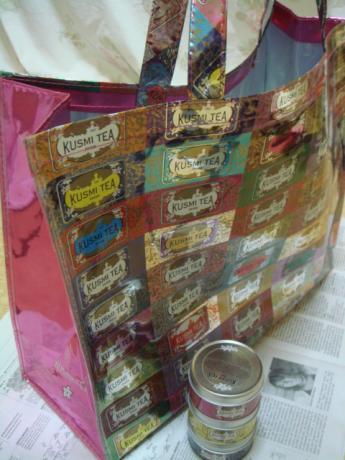 ミニ缶と大きなトートバッグ!