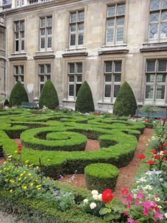 貴族の庭園!