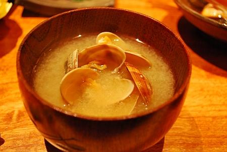 味噌汁、普通に美味い