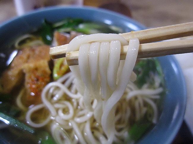 東京蕎麦よし乃のとんかつそば。