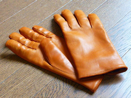 Glovesのラムレザー・グローブ