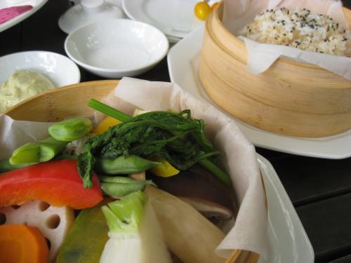 野菜のバンブースチーマ&玄米ご飯