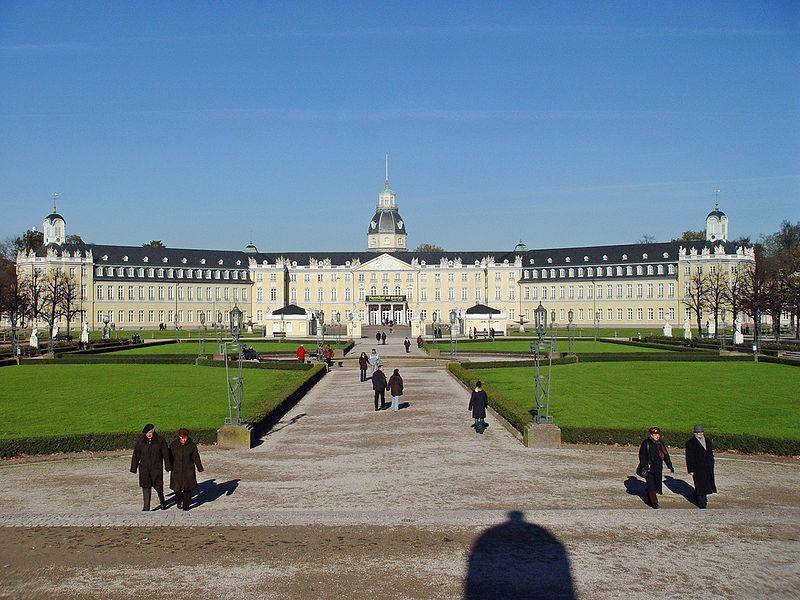 800px-Schloss-Karlsruhe-pp1.jpg
