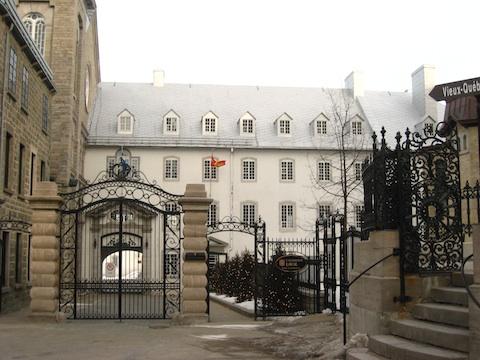 ラバル大学10