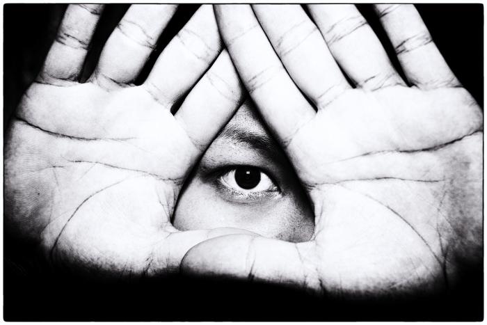 万物を見通す眼