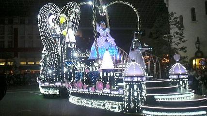 USJナイトパレード・憧れのシンデレラ!
