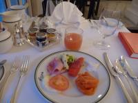 ラッフルズの朝ご飯