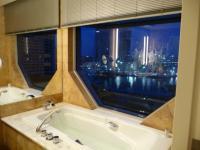 お風呂からの夜景