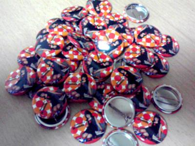 la moda 20100501 badge
